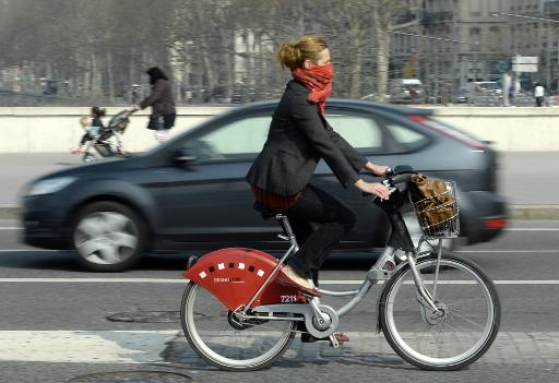 cyclist in smog