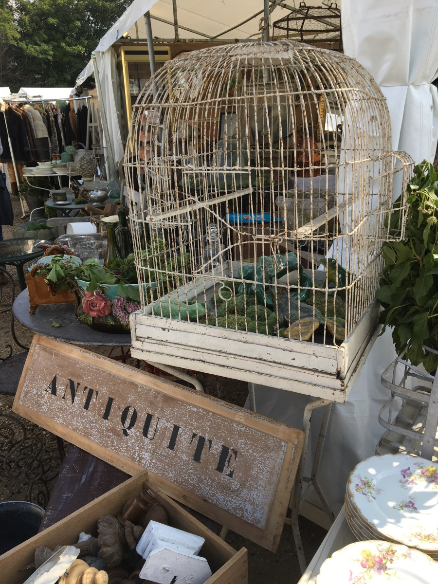 Chatou Brocante and Antiques